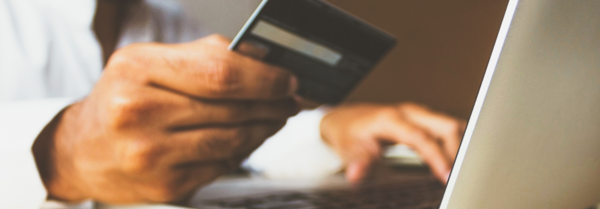 Man making payment Average Dollar Sale 5 Drivers